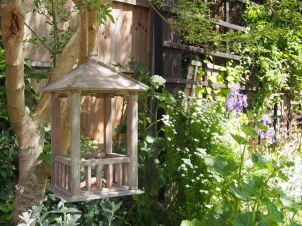 Wooden Gazebo Bird Feeder 2
